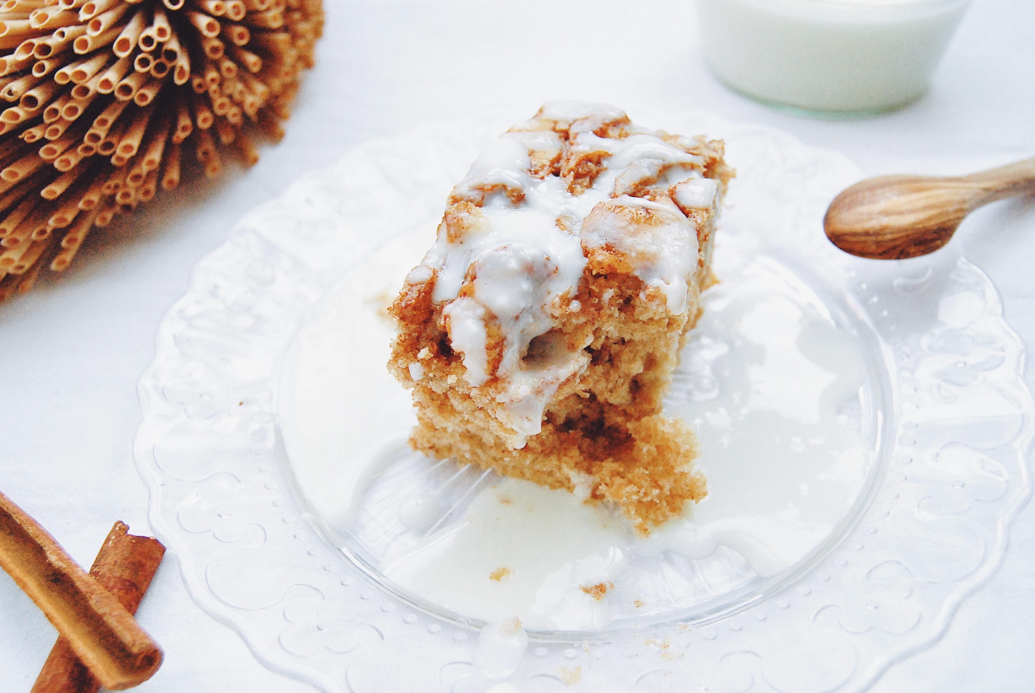 cinnamon roll cake 1