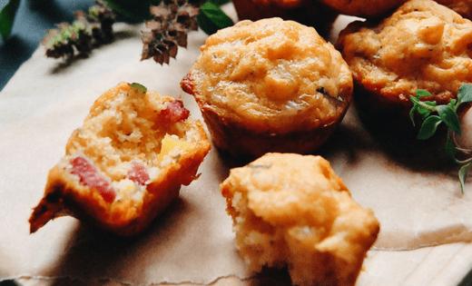 Mini Pizza Muffins Rezept schnell günstig und lecker, partyfood, fingerfood, kochen für kinder