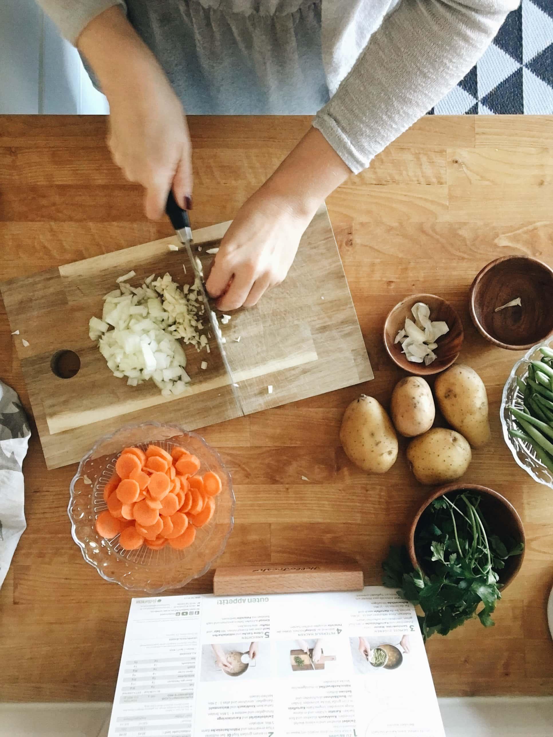 Kochen, Gemüse schneiden