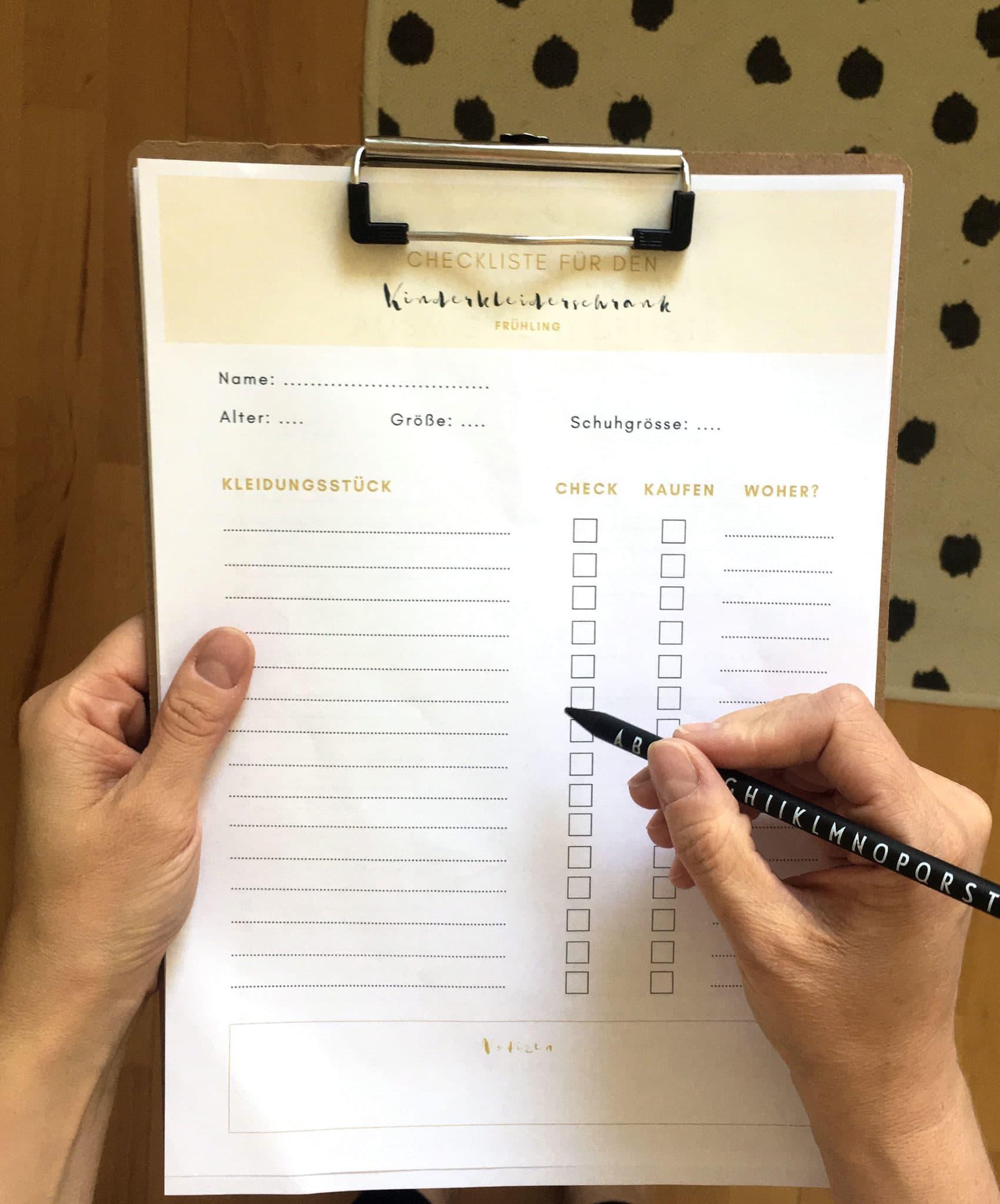 Kinderkleiderschrank gratis Checkliste