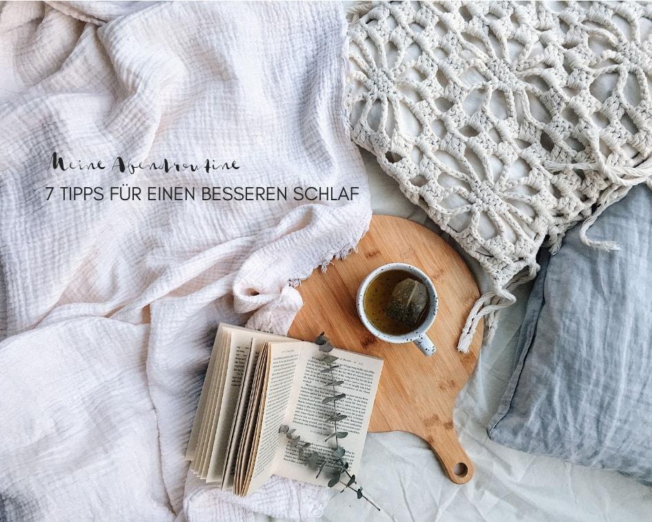 Schlaftipps, Teetasse und Buch