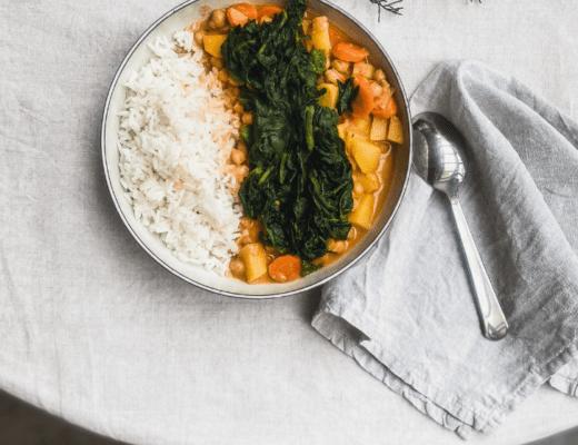 Veganes-Kichererbsen-Curry-stilles-bunt